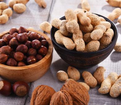Peanuts-Hazelnuts